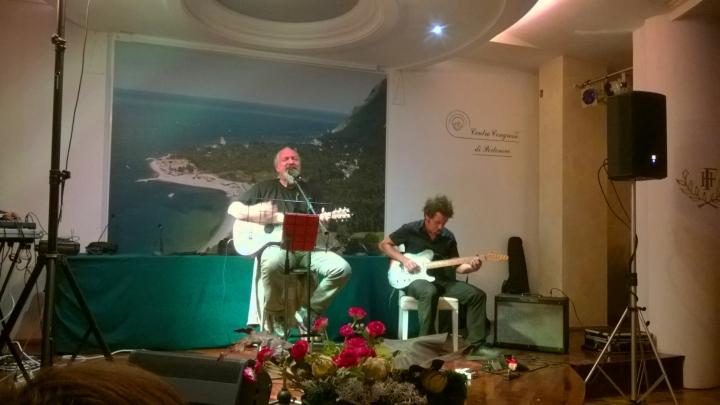 Anteprima live di Finardi a Portonovo